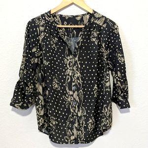 COLLECTIVE CONCEPTS Floral/Dot Roll-Tab Blouse